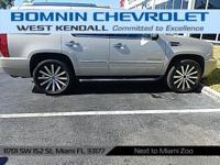 Options:  2007 Cadillac Escalade Base|10 Speakers|Am/Fm