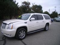$200 below Kelley Blue Book! Escalade ESV trim. 3rd Row