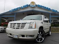 2007 CADILLAC ESCALADE WHITE WITH BLACK LEATHER