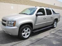 CHECK OUT THIS SUPER SPACIOUS 4-dr 2007 CHEVY AVALANCHE