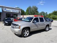 THIS 2007 CHEVROLET AVALANCHE LTZ HAS A CLEAN CARFAX.