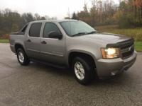 Options:  2007 Chevrolet Avalanche 2Wd 5D Crew Cab