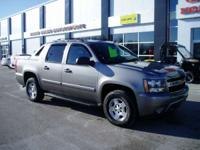 2007 Chevrolet Avalanche LS 4x4 Looks and runs great.