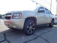 Options:  2007 Chevrolet Avalanche|Tan|None|149|000