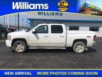 Options:  2007 Chevrolet Silverado 1500|White|Am/Fm