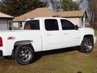 2007 Chevrolet Silverado 1500 LTZ. This truck has the