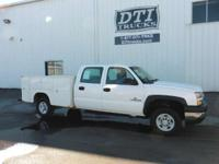 GVWR Crew Cab 4 Door A/C Tilt Steering Manual Windows