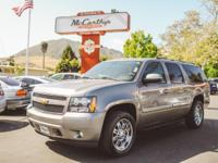 Options:  2007 Chevrolet Suburban Lt|Bermuda Blue