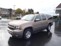 Don't miss out on this 2007 Chevrolet Suburban LT 1500!