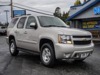 Clean Carfax 4x4 SUV with Leather 3rd Row Seats!