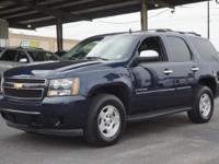 Exterior Color: dark blue metallic, Body: SUV, Engine: