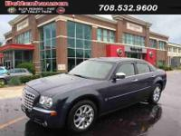 JUST TRADED !, LOADED !, 5.7L HEMI, HEATED LEATHER