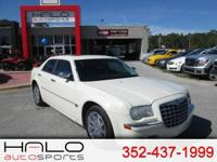 2007 CHYSLER 300C SPORT SEDAN WITH FACTORY CHROME