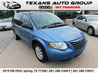 ***2007 CHRYSLER TOWN AND COUNTRY TOURING 69K 1 OWNER