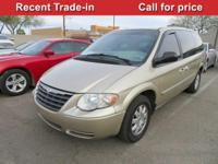 Delivers 25 Highway MPG and 18 City MPG! This Chrysler