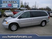 Options Included: N/AUsed 2007 Chrysler Town & Country