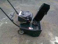 "4.hp 21""cut snow blower Single Stage like new call"