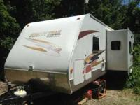 2007 Crossroads Sunset Trails. Like new inside and has