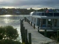 Gorgeous 2007 Custom houseboat, 57' of fun and