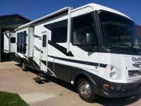 2007 Damon Challenger model in great condition. Class A