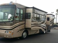 2007 Diesel Pusher Holiday Rambler Endeavor 4 Slides