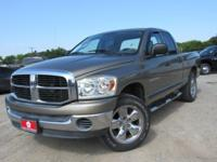 4x4, Aluminum Wheels, CD Player, iPod/MP3 Input,