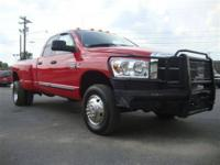 This 2007 Dodge Ram 3500 4dr SLT 4x4 Truck features a