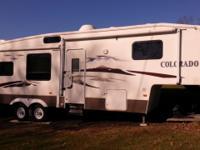 2007 Dutchman Colorado Fifth Wheel 30CE-M5-BS This top