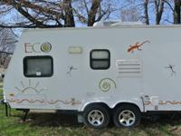 .,,Like New Condition 2007 ECO Trailer by Dutchmen