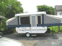 2007 Flagstaff Forest River pop up camper, sleeps 6,new
