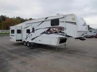 2007 FLEETWOOD 3500RL Our Location is: Dempewolf Ford -