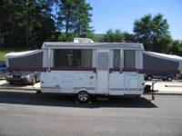2007 Fleetwood Niagara Pop-Up Travel Trailer This