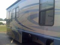 2007 Fleetwood TL Discovery Class A This 2007 Fleetwood