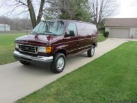 2007 Ford E350 Super Duty Cargo Van with 5.4 liter V8