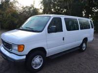 This 2007 Ford Econoline Wagon . It is equipped with a