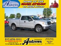 2007 Ford F-150 XLT Ext Cab 4x4 with Silver Exterior