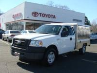 2007 FORD F150-V8-FWD. AUTOMATIC, WHITE, GREY LEATHER