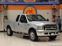 This 2007 Ford Super Duty F-250 XLT is in great shape