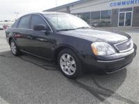 New Arrival! *Priced below Market!* This 2007 Ford Five