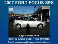ECONOMICAL TO DRIVE, ECONOMICAL TO BUY! This 2007 FORD