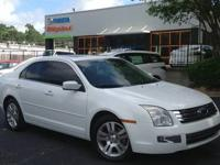 Fusion SEL, **LOCAL TRADE IN**, CLEAN CARFAX, Leather,