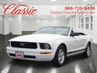 2007 Ford Mustang 2dr Car DELUXE Our Location is: