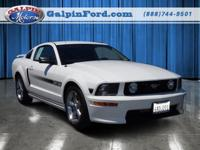 2007 Ford Mustang 2dr Car GT Deluxe Our Location is:
