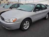 2007 Ford Taurus 4dr Car SE Our Location is: Liberty