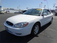 FANTASTIC MILES 52,026! SEL trim. CD Gamer, Alloy