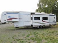 2007 Forest River Cardinal 36LE 5th wheel...3