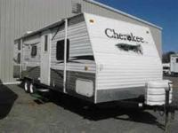 2007 Forest River Cherokee 23DD Travel Trailer. The
