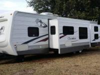 2007 Forest River Cherokee M-31Z. 2007 Forest River