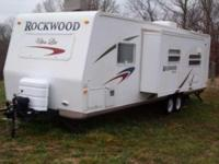 2007 Forest River Rockwood Ultra Lite 2701SS . 2007 27