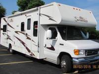 2007 Forest River, Sunseeker, Class C Motor Home. It